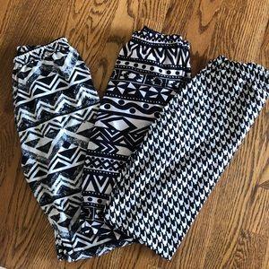 {BUNDLE} Black and white print leggings